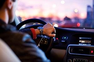 初めて車を購入する前に知っておく・やっておくべき7つのこと